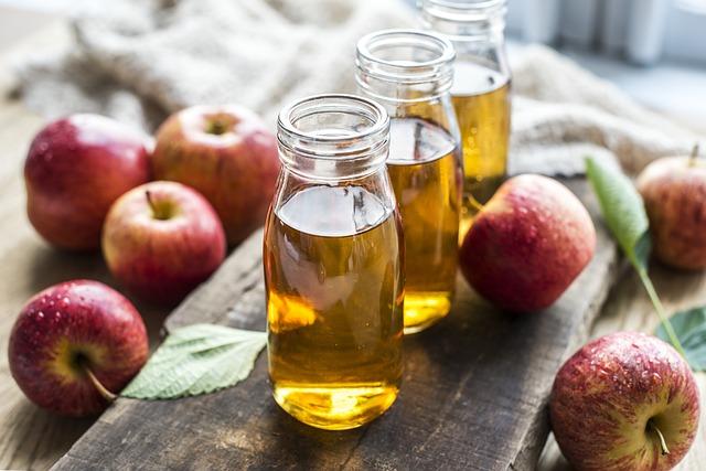 Sok z jabłek wyciskany z wyciskarki wolnoobrotowej
