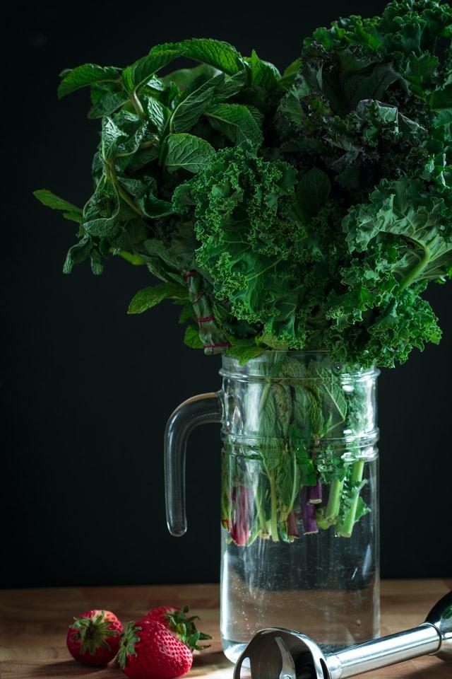 Soki z młodych warzyw z wyciskarki